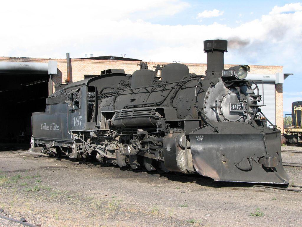 003 vlaky - nádraží