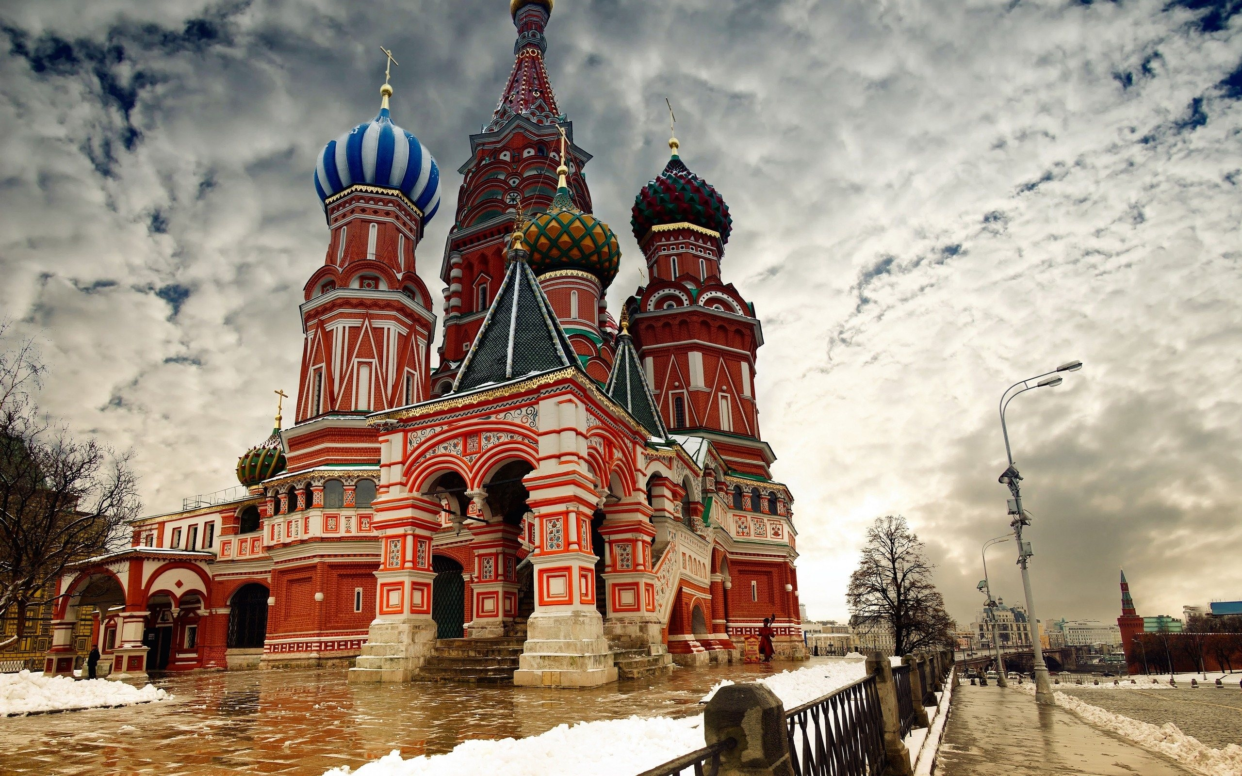 008 St.Petersbourg - Saint Basil's Cathedral - RF