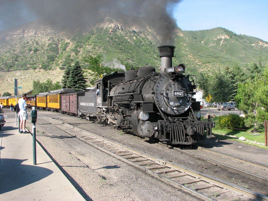 011 vlaky - nádraží