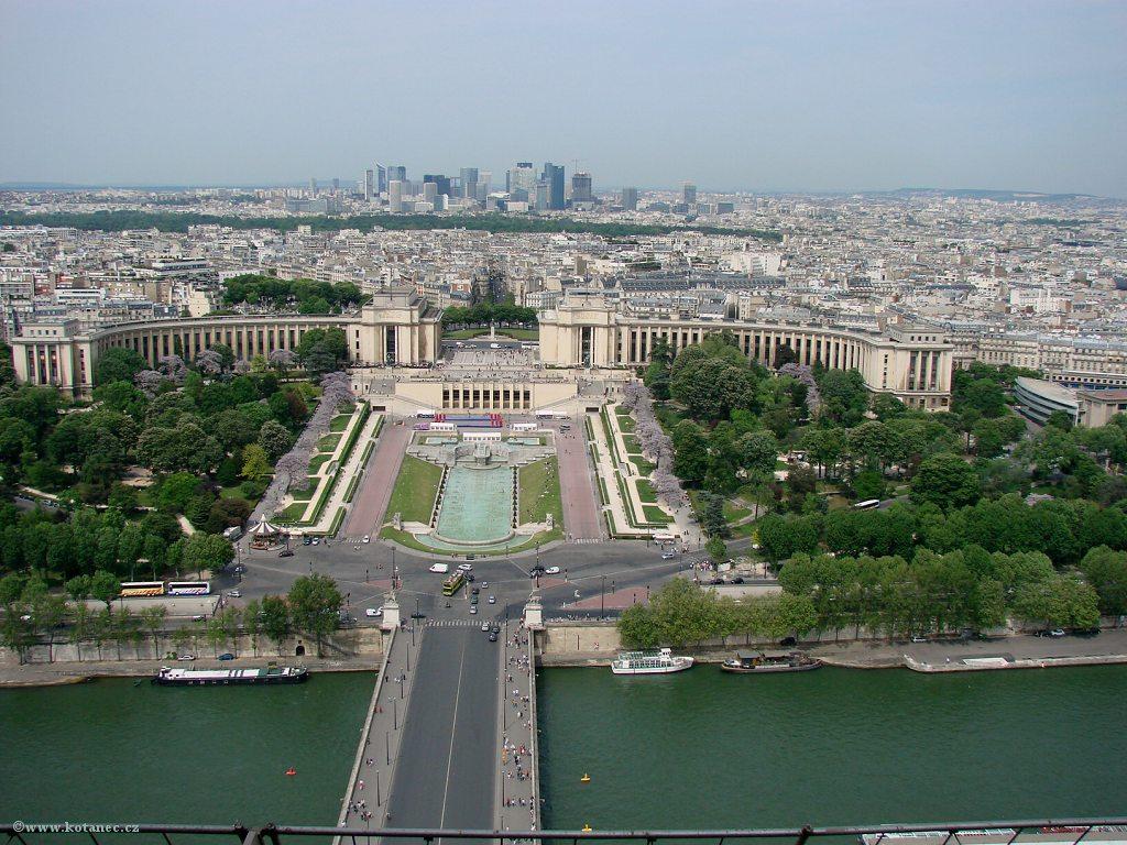 033 Paris - pohled z Eiffel tower - Paříž