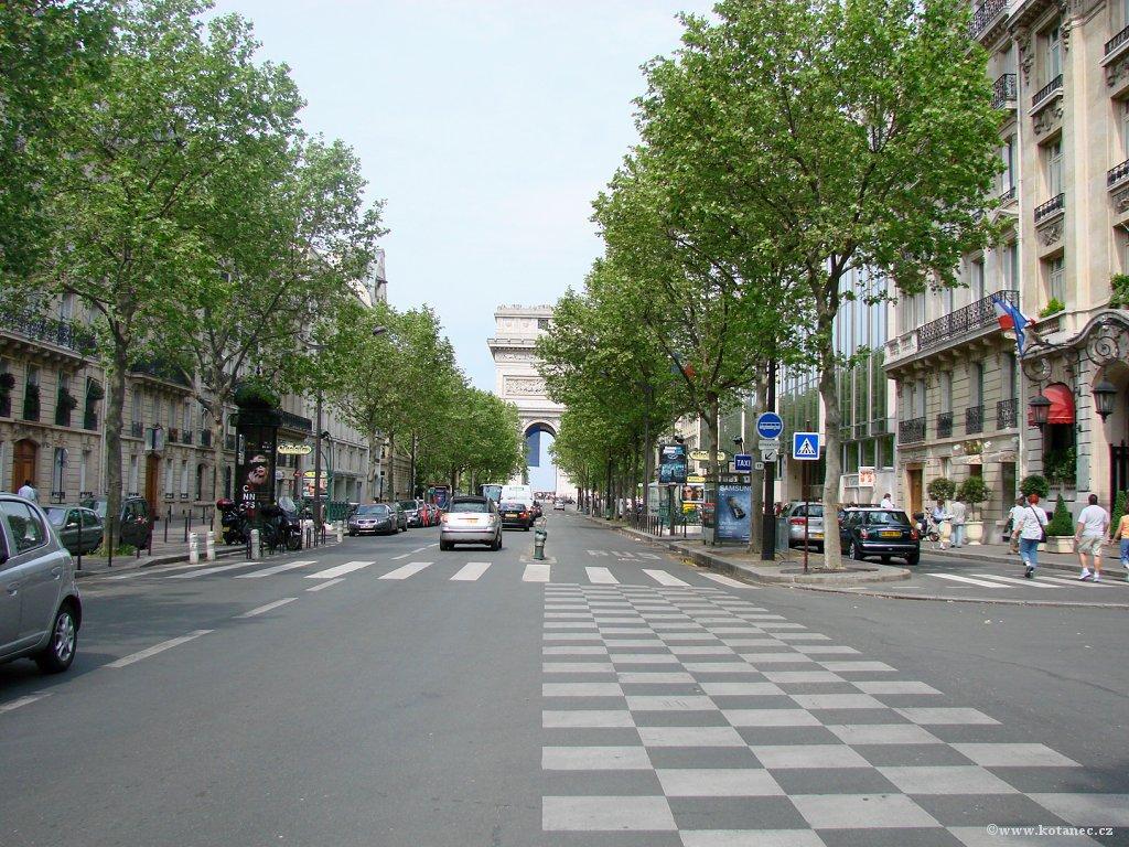 036 Paris - Arc de Triomphe - Paříž