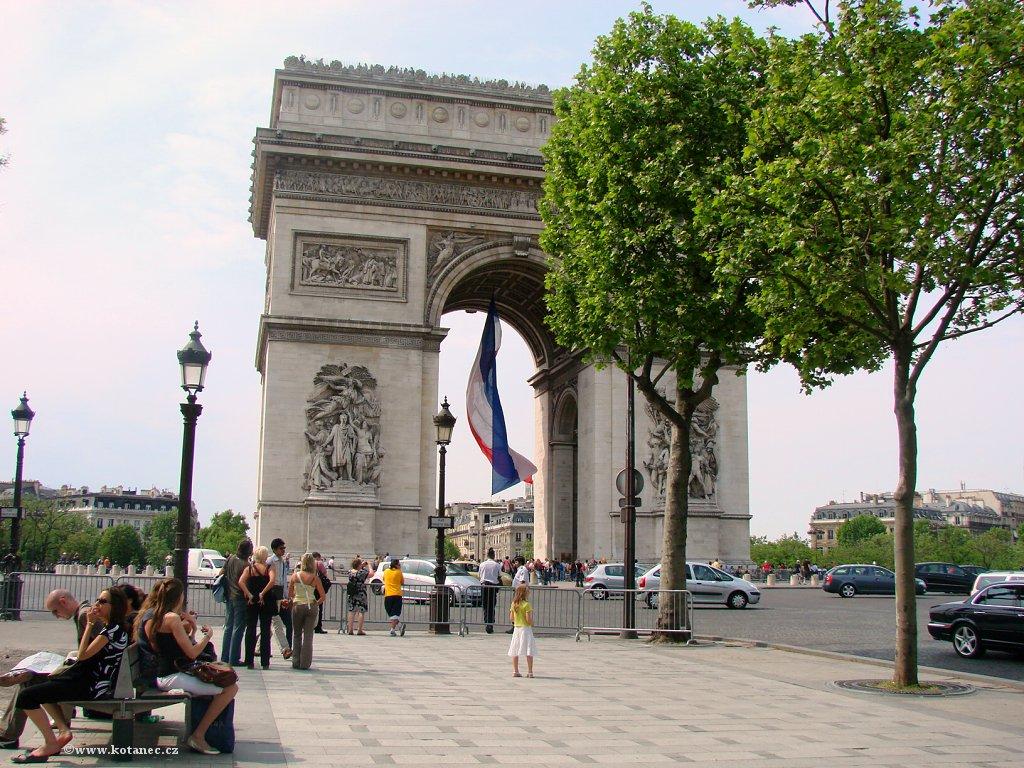 039 Paris - Arc de Triomphe - Paříž