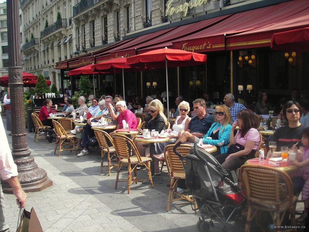 043 Paris - Champs-Élysées - Paříž