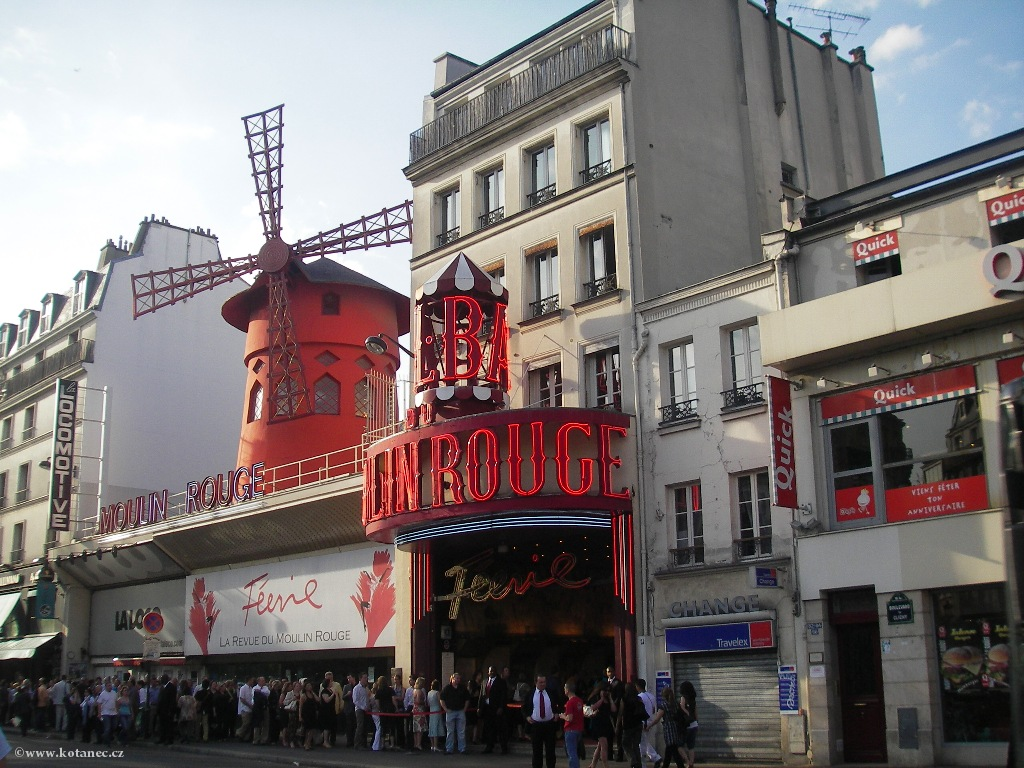 052 Paris - Moulin Rouge - Paříž