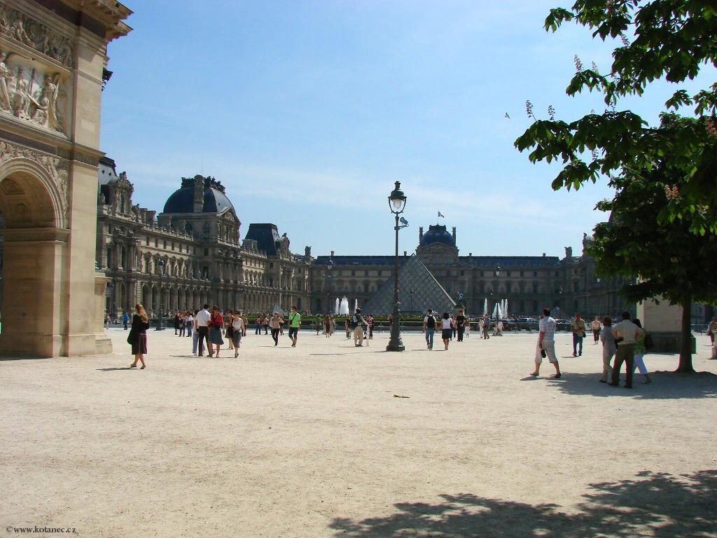 065 - Paris - Louvre - Paříž