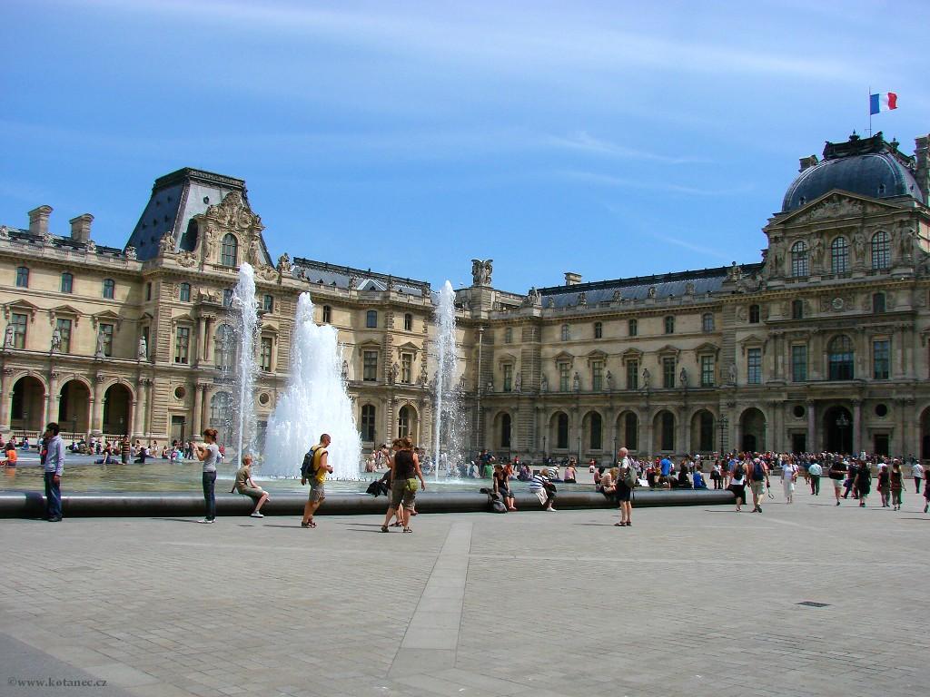 067 - Paris - Louvre - Paříž