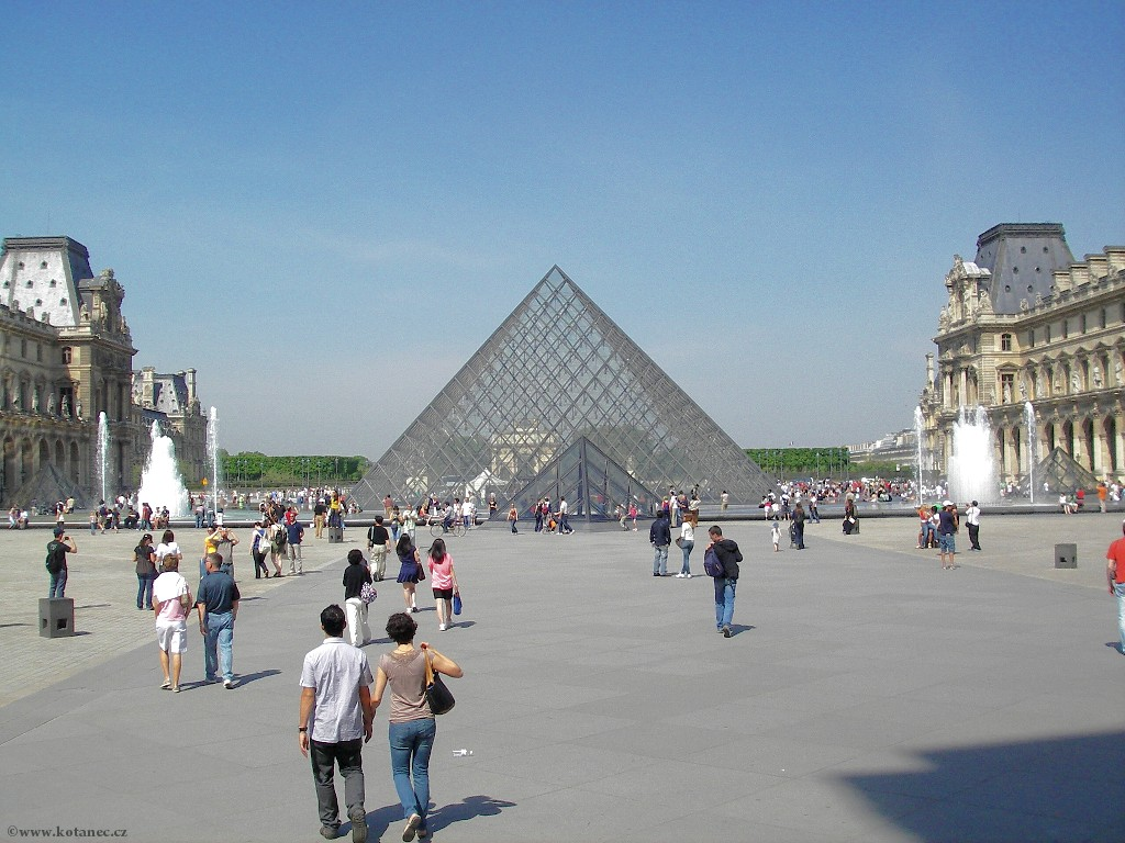 069 - Paris - Louvre - Paříž