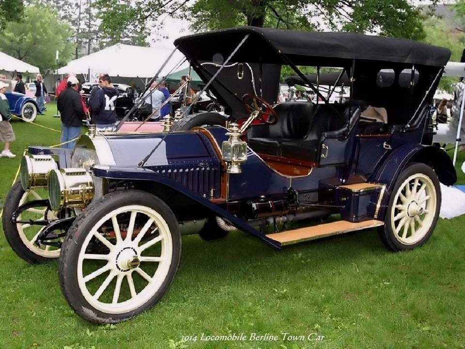 08 - 1914 Locomobile Berline Town Car
