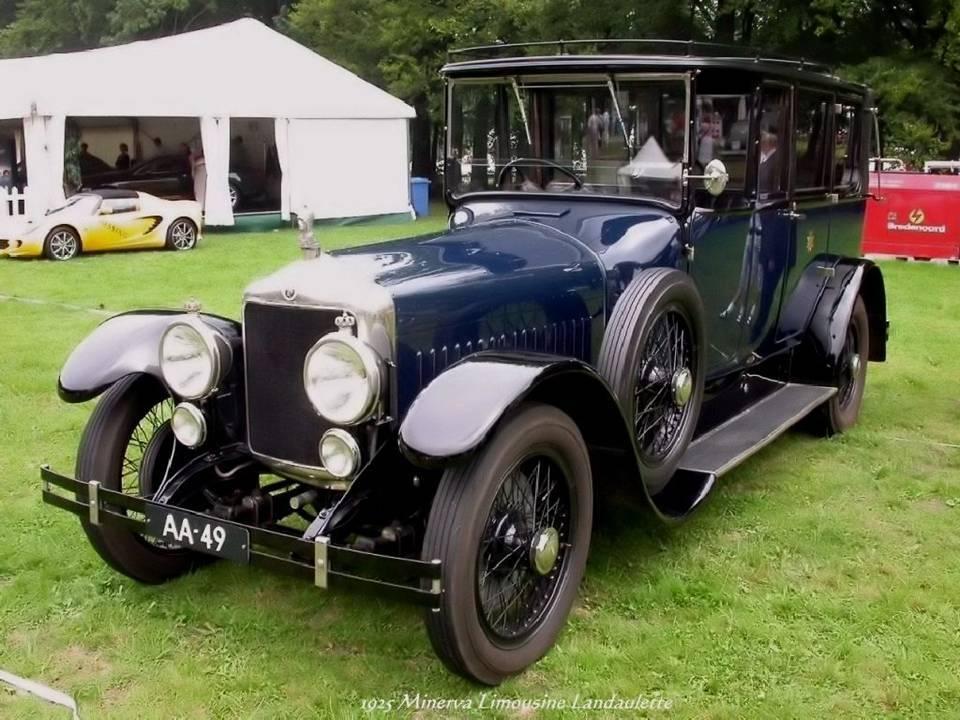 11 - 1925 Minerva Limousine Landaulette