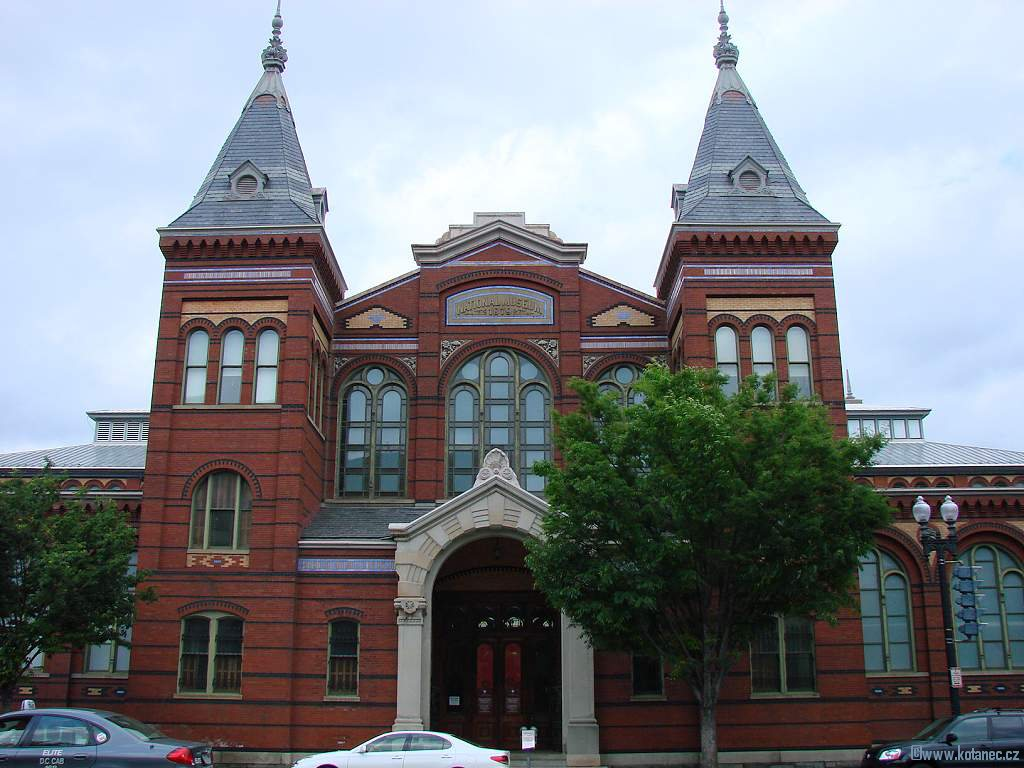 16 Washington - Arts and Industries building