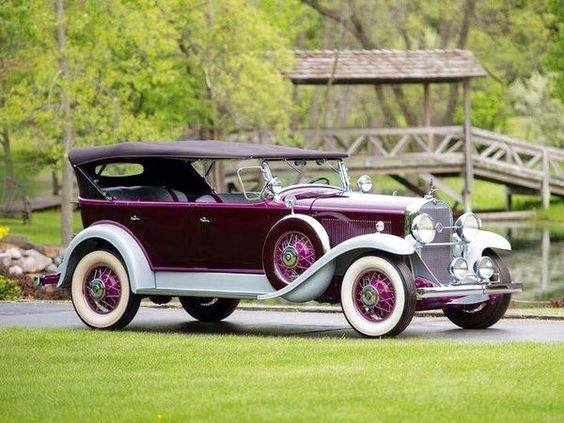 26 - 1931 LaSalle 345A 7 Passenger Touring by Fleetwood