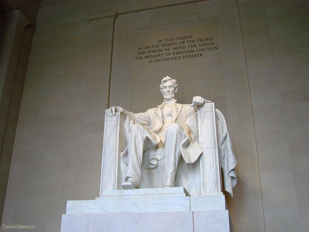 44  Washington - Statue of President Lincoln in the Lincoln Memorial